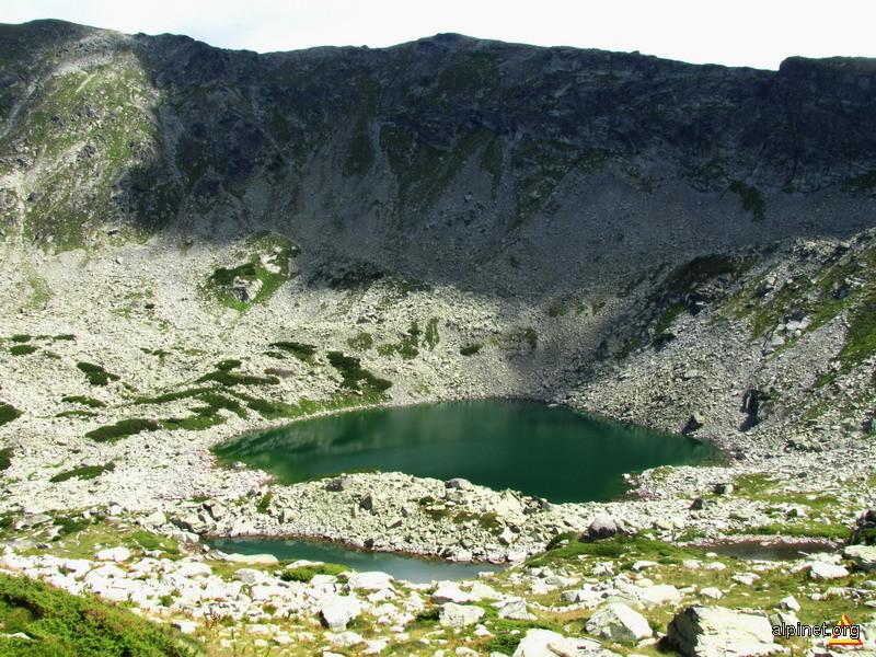 Lacul Roşiile şi Lacul Lung