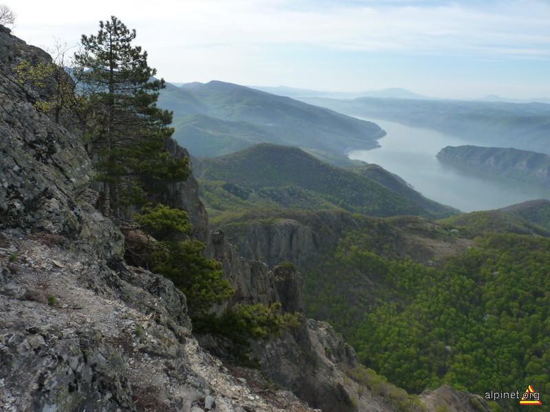Dunarea vazuta de pe Trescovat
