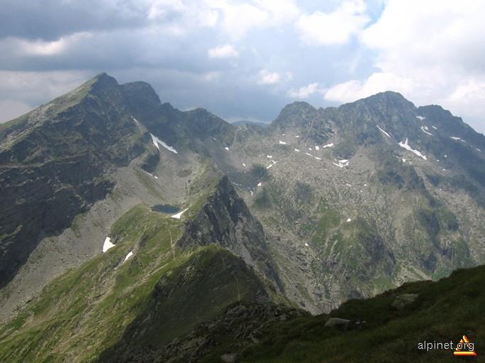 Vârful Lespezi, Negoiu si Lacul Căltun