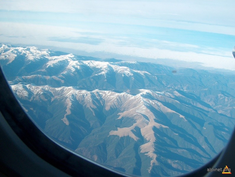 Munții Făgăraș văzuți din avion