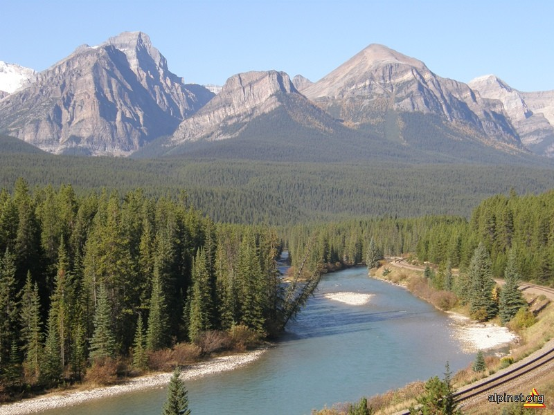 Curba lui Morant, Valea Rîului Bow, Munții Stâncoși ai Canadei