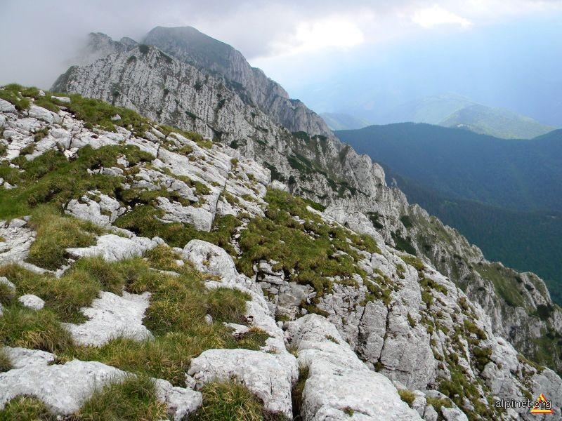 In vârful Ţimbalu Mic