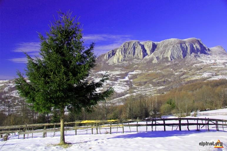Muntele Vulcan in luna ianuarie