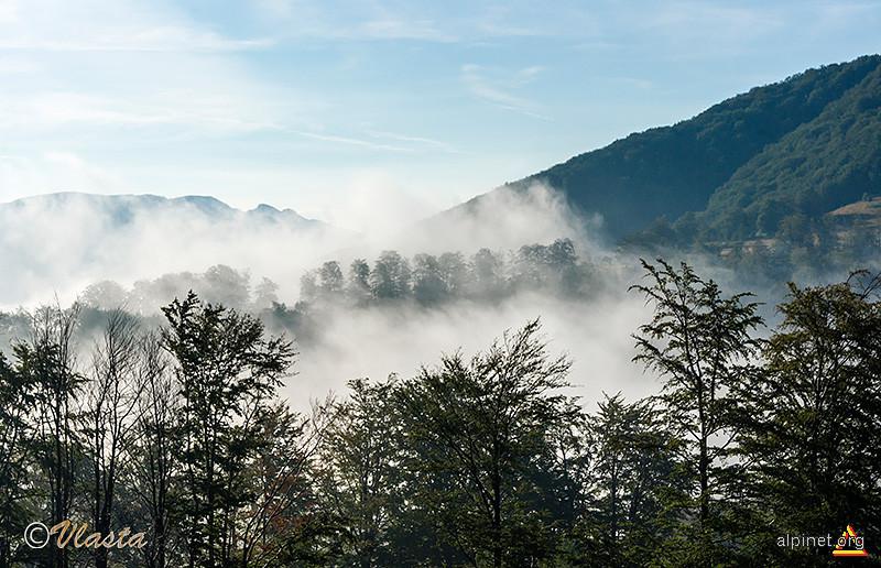 În final, ceaţa se retrage din faţa soarelui