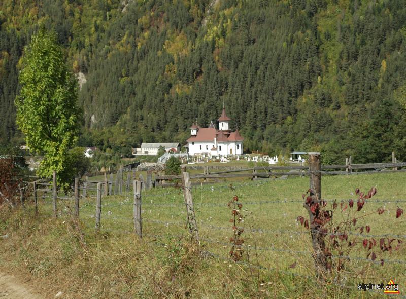 biserică albă
