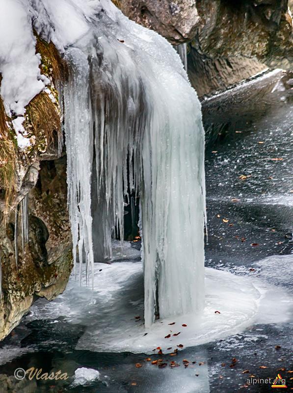 Arhitectură de gheață