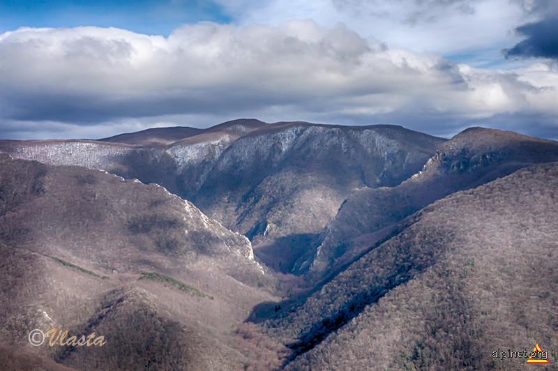 Platoul Leordiş-Pleşiva din munții Aninei